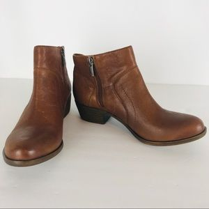 Luck Brand LP Brolley brown leather booties.